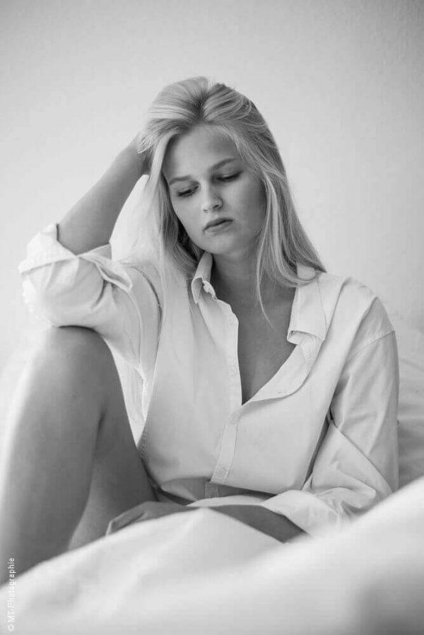 Schwarz weiß Portrait | Marie | Portraits Frauen